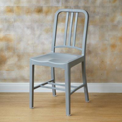 Navy_Chair_grau