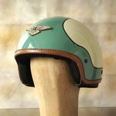 Helm mint altweiss