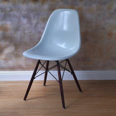 Miller_Sidechair_weiss_Holz_Kopie
