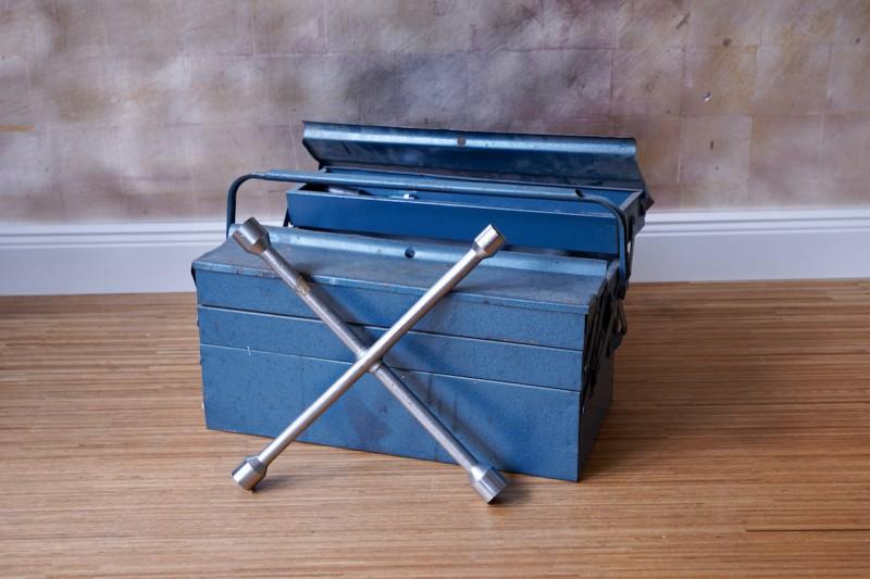 Werkzeugkasten_blau_Kopie